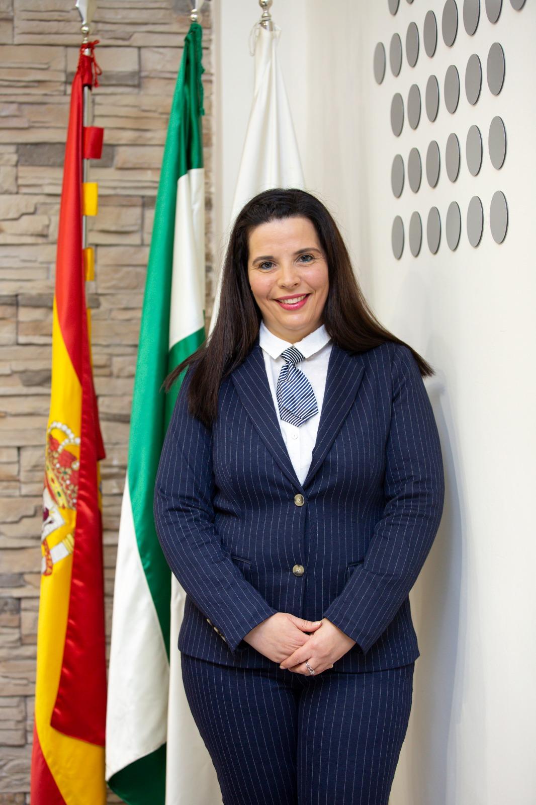 Dña. Mercedes González Postigo