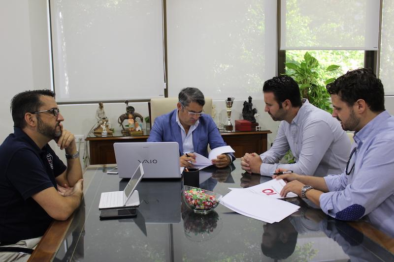 Convenio para centro de negocios para administradores de for Convenio oficinas