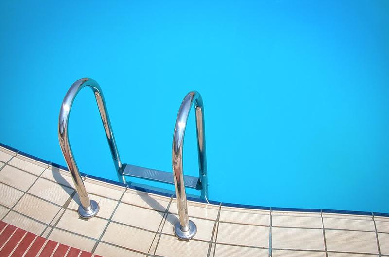 La Junta de Andalucía decreta que la piscinas podrán abrir al 75% de su aforo en la 'nueva normalidad'.